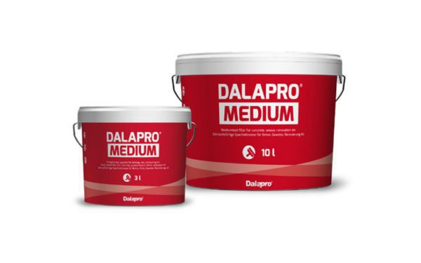 Dalapro Medium is a grey, ready-mixed, allround hand filler on all common types of indoor wall and ceiling surfaces.